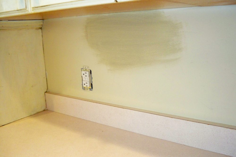 custom kitchen and family room painting