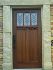 full view of marblelized door casing