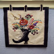 Cute Halloween  wallhanging! Sonja Sciba adapted the