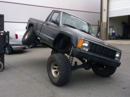 Prime 4x4 1989 Jeep Comanche Flexing Iron Rock Suspension