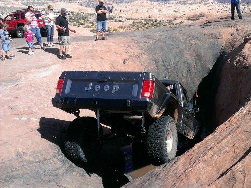 Prime 4x4 1989 Jeep Comanche MJ Moab Utah Hells Revenge Mickey's Hot Tub