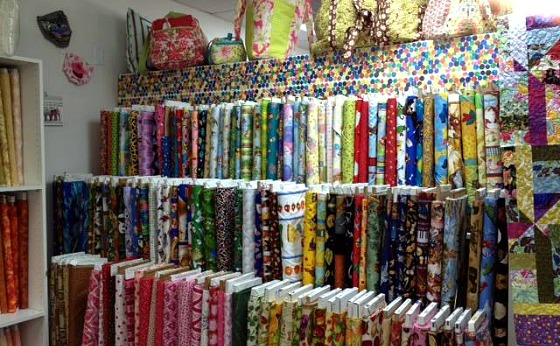 Quilting Fabric, Supplies & Classes in Northbrook IL at Quilter's ... : quilt supplies - Adamdwight.com