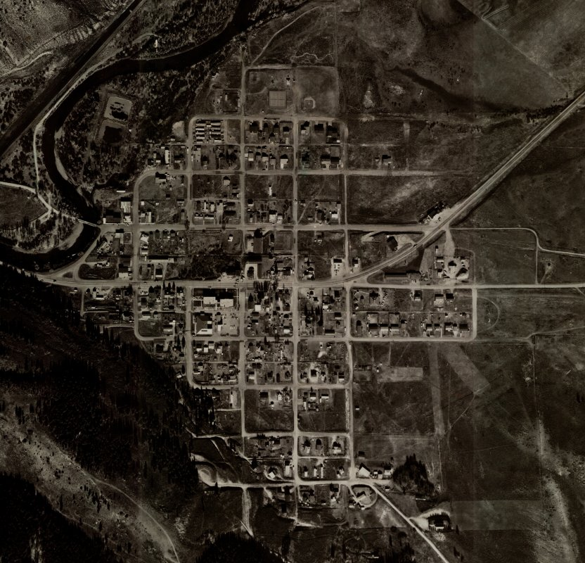Hot Sulphur Springs aerial overhead view (cropped) - 1983