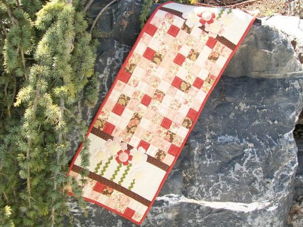 How Does Your Garden Grow Table Runner Pattern