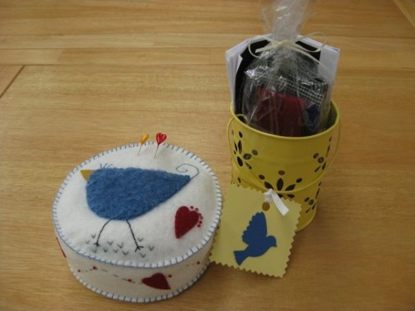 Birdie Bird Pincushion