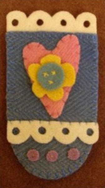Hearts and Flowers Needlekeeper