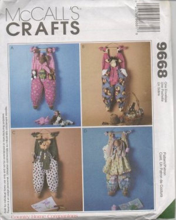 Craft Sewing Pattern Home Decor And Dolls Mccall S 9668 Plastic Bag Savers Hanging Holders
