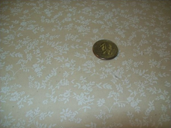 Muslin FANTASY PRINT ROCKLAND INDUSTRIES SM FLORAL 44/45 100% Cotton