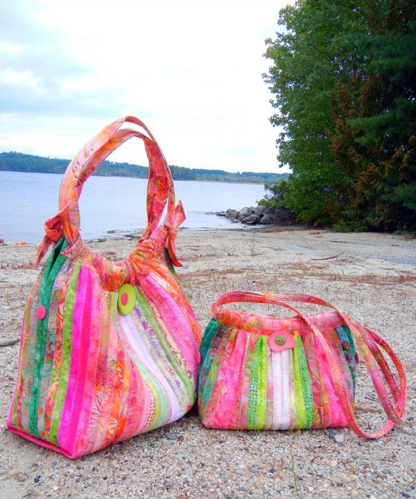 Bailey Island Hobo Purse Pattern by Aunties Two Patterns - AT244