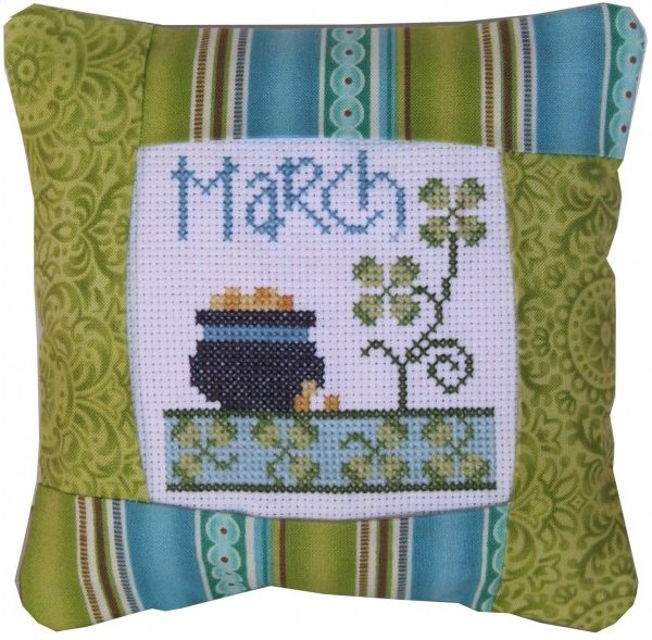 March Band Small Pillow Kit
