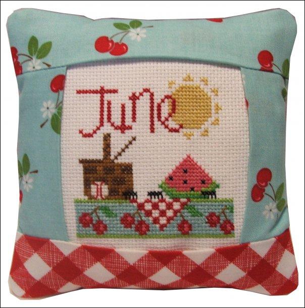 June pillow kit #967