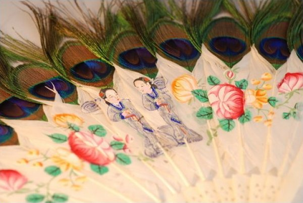Fan Vintage Asian Fan Pieced Ivory Duck and Peacock Feathers Hand Painted Figures JF390-23
