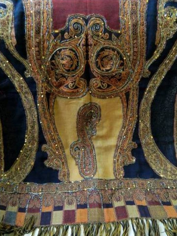 Vintage Wool Paisley Shawl Scarf Beaded Embroidered Textile EB141