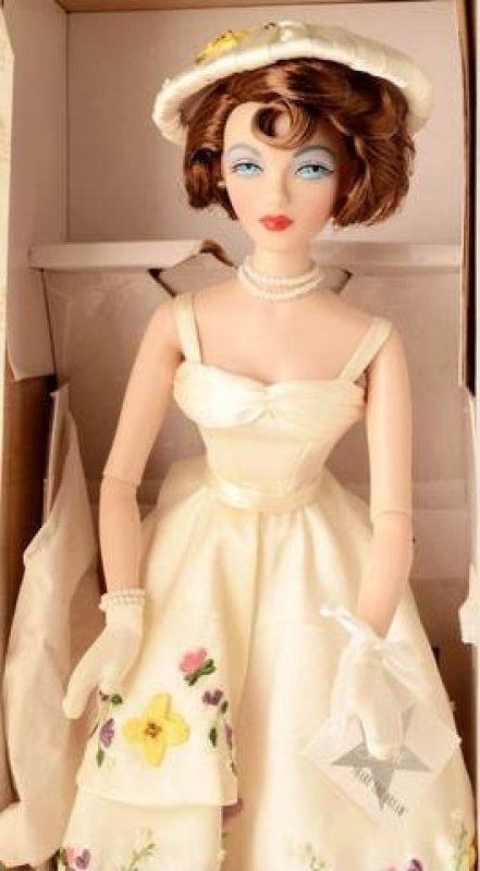 Gene Doll Mel Odom Deborah Silva Garden Party Limited Edition  Numbered with Certificate of Authenticity EB499