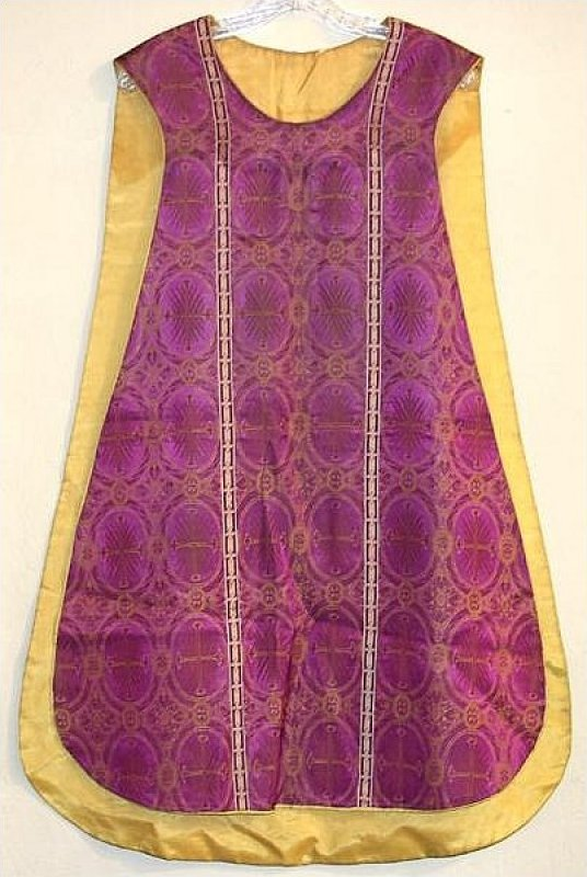 Ecclesiastical Antique 1800's Chasuble Vestment Priest Silk Brocade with Ribbon Orphrey 19th Century d4jmf