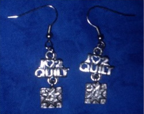 Earrings - I Luv 2 Quilt