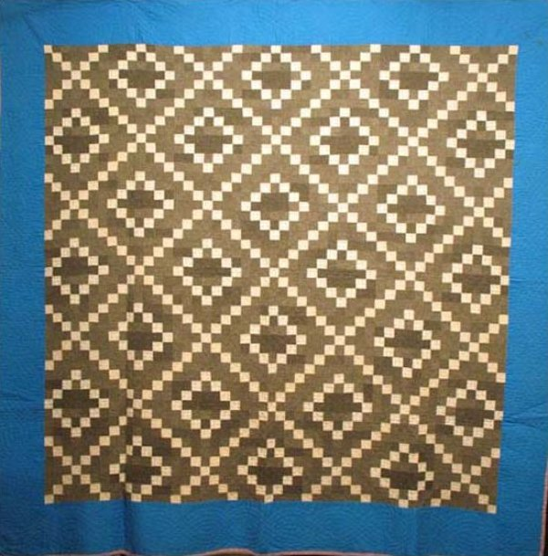 AMISH SINGLE IRISH CHAIN, STEPPED DIAMONDS ANTIQUE QUILT