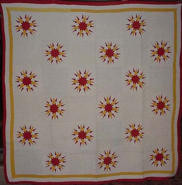 SLASHED STAR or COMPASS ANTIQUE QUILT
