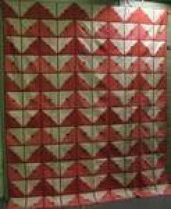 POTHOLDER LOG CABIN VARIATION ANTIQUE QUILT, reds and white