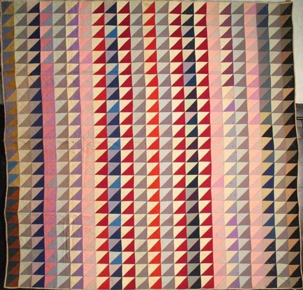 TRIANGLES IN BARS ANTIQUE QUILT