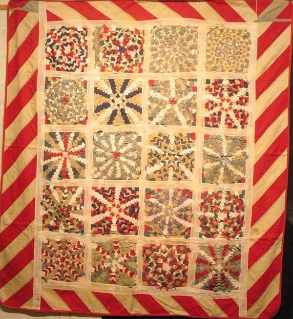 TARGET or PINE BURR PATRIOTIC ANTIQUE PIECED QUILT