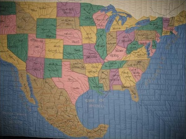 MAP QUILT of UNITED STATES AND MEXICO VINTAGE QUILT