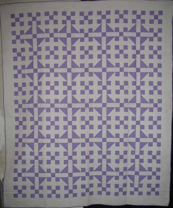 HANDY ANDY VARIATION ANTIQUE QUILT| lavendar