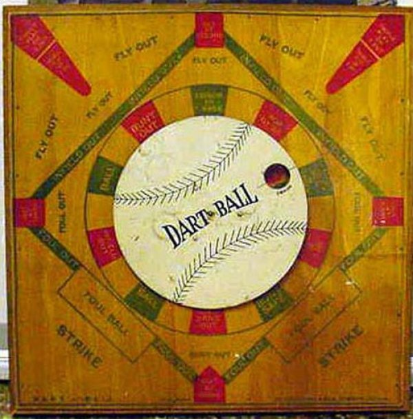 VINTAGE GAMEBOARD - BASEBALL DART BALL