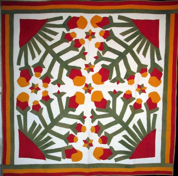 FOLKY FOUR-BLOCK ANTIQUE APPLIQUE QUILT