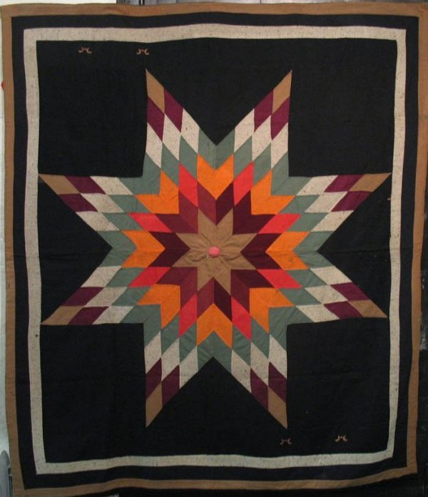 AMISH STAR OF BETHLEHEM ANTIQUE QUILT