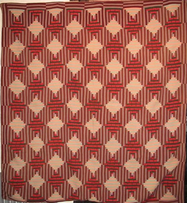 LOG CABIN 'INTERWOVEN' ANTIQUE QUILT
