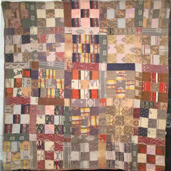 BEACON BLANKETS NINE-PATCH ANTIQUE QUILT earth tones