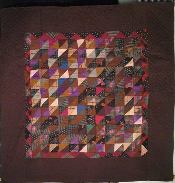 BROKEN DISHES ON THE DIAGONAL ANTIQUE QUILT