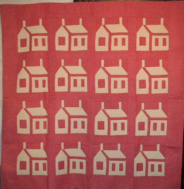 HOUSE ANTIQUE QUILT reverse coloration white on red