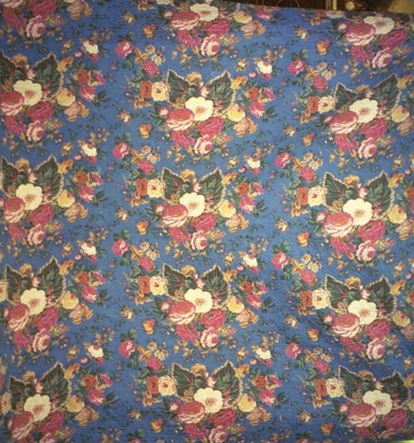 FLORAL CLUSTERS ANTIQUE WHOLE CLOTH QUILT, blue background