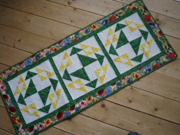 Corn & Beans Table Runner