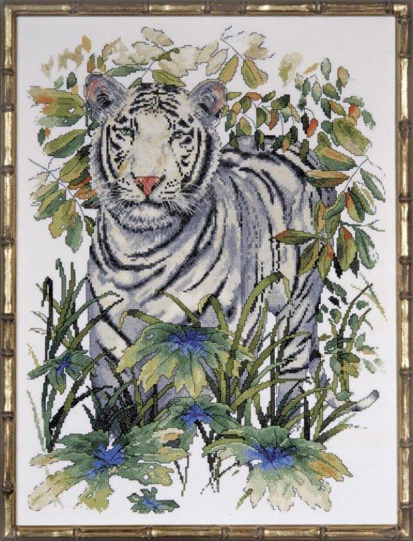 # 2746 White Tiger