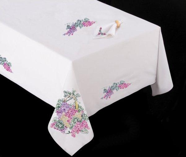 # T201485-104 Grapes Tablecloth