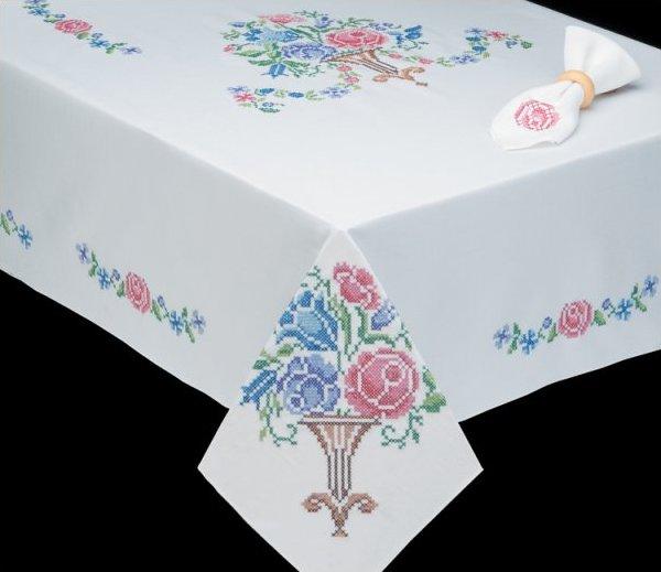 # T202789-104 Victorian Floral Tablecloth