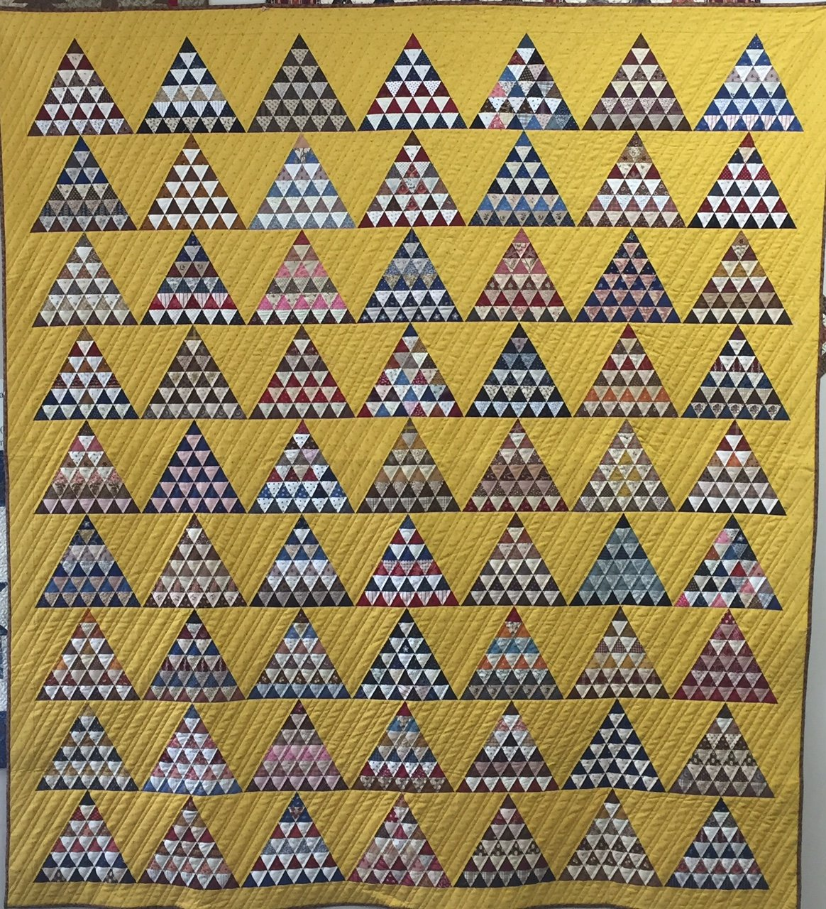 Lost Pyramids pattern with template