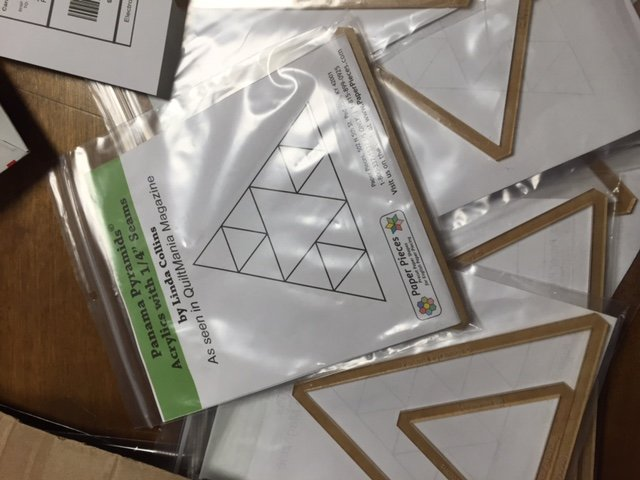 Linda Collins Panama Pyramids triangle set Hand Piecing