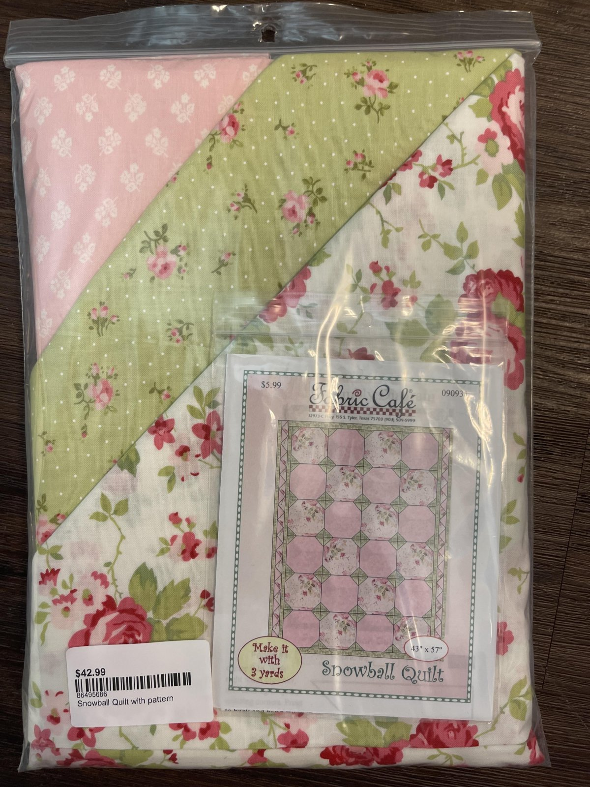 Snowball Quilt Kit with pattern