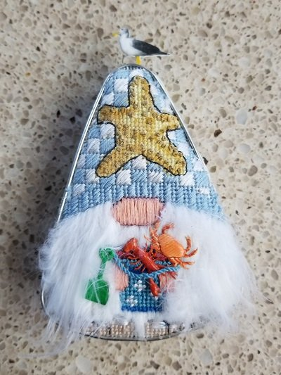 Cookie Cutter - Beach Gnome w/ emb