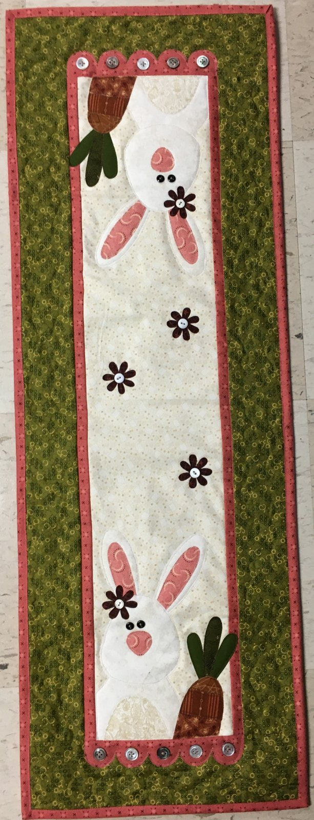 April Carrot Tops Runner Kit 12 x 36 Includes Buttons & Backing