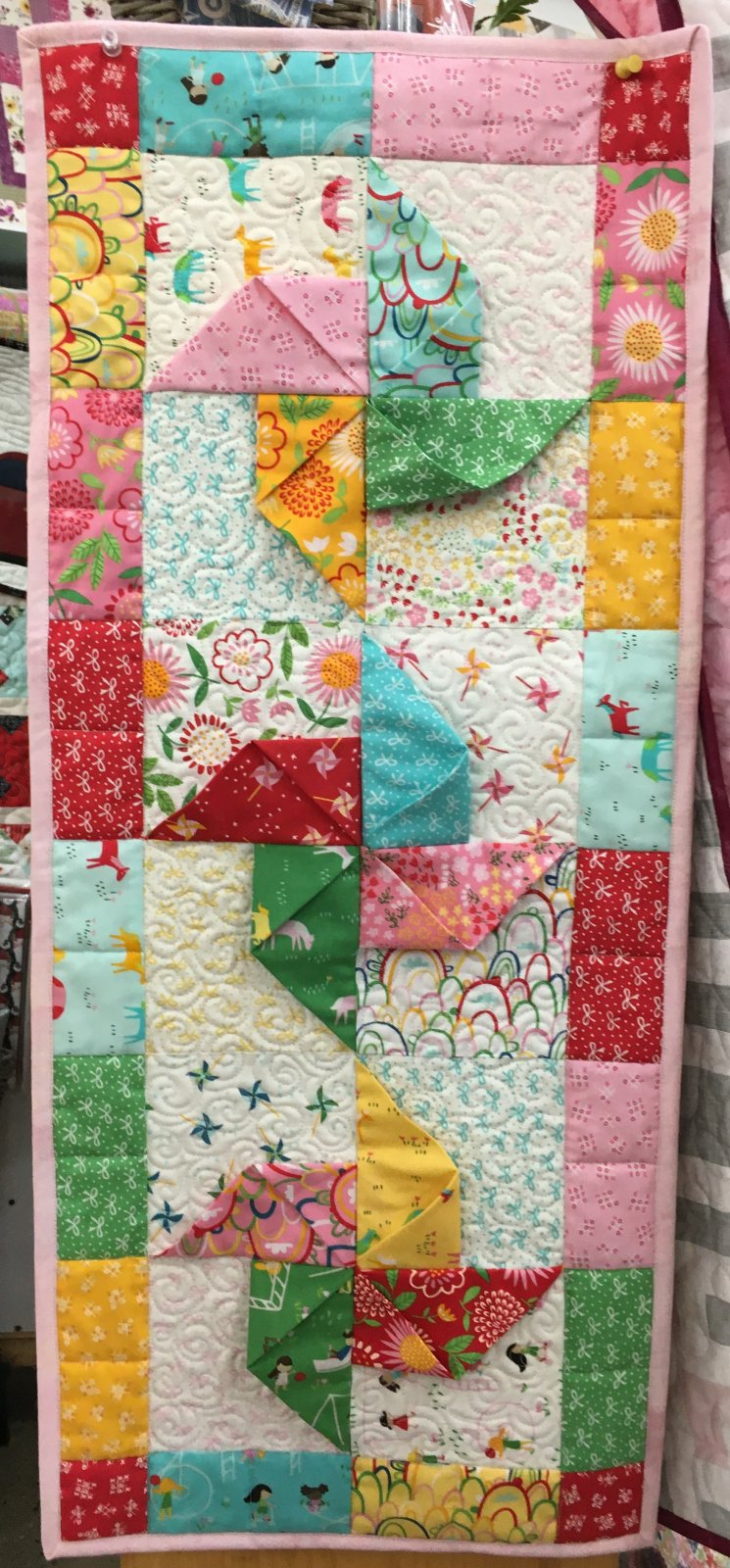 Quilt Sample 3D Pinwheel  13 x 31