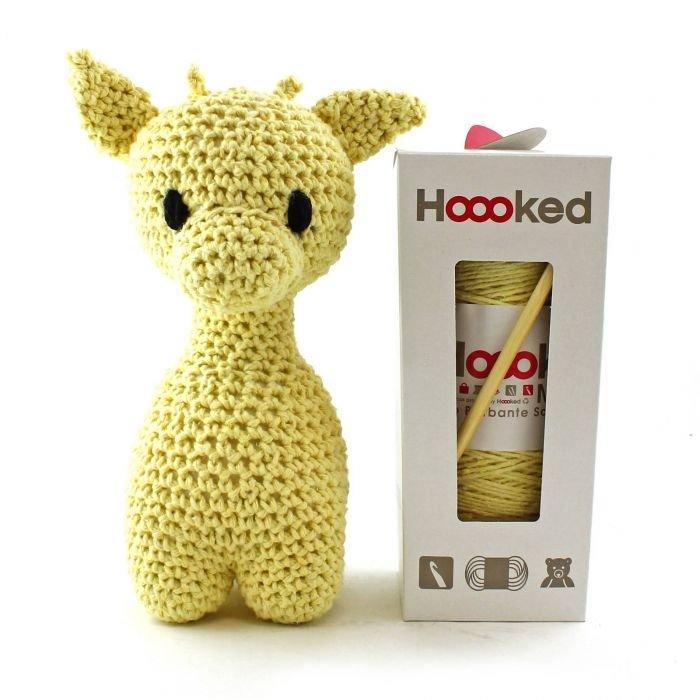 Giraffe Crochet Kit