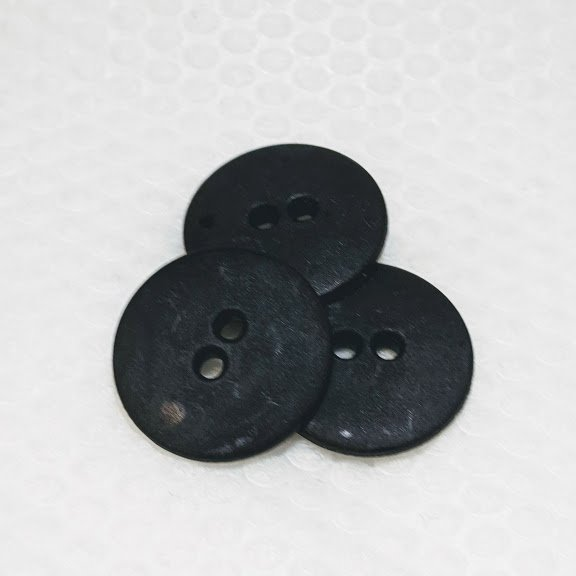 Two Hole Buttons - 3/4 inch