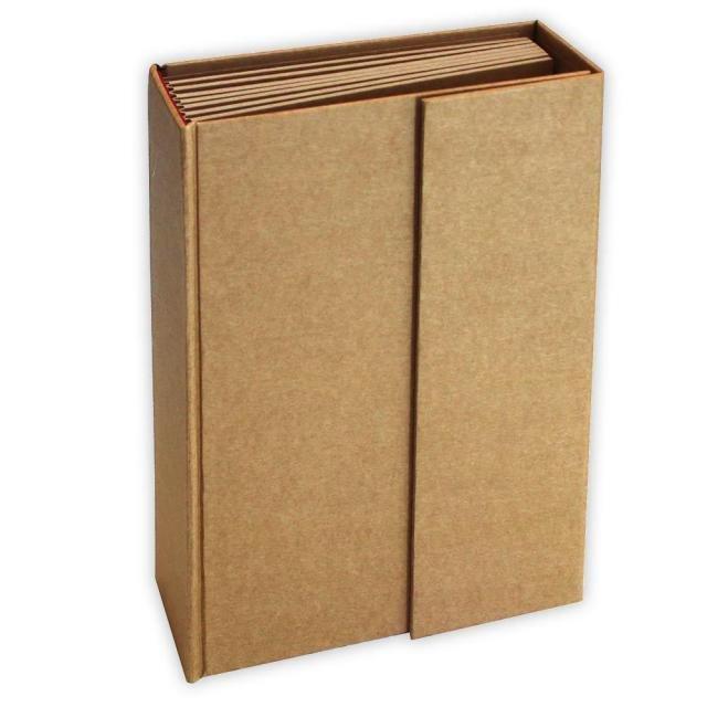 Stamperia Kraft Album 21.5cm x 15.5cm x 6cm