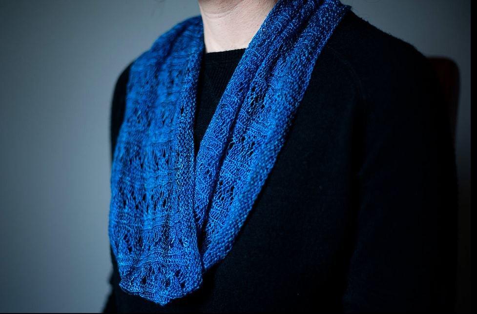 Teresa Ruch Designs Handpainted Kit Creve Coeur Cowl by Kelli Slack