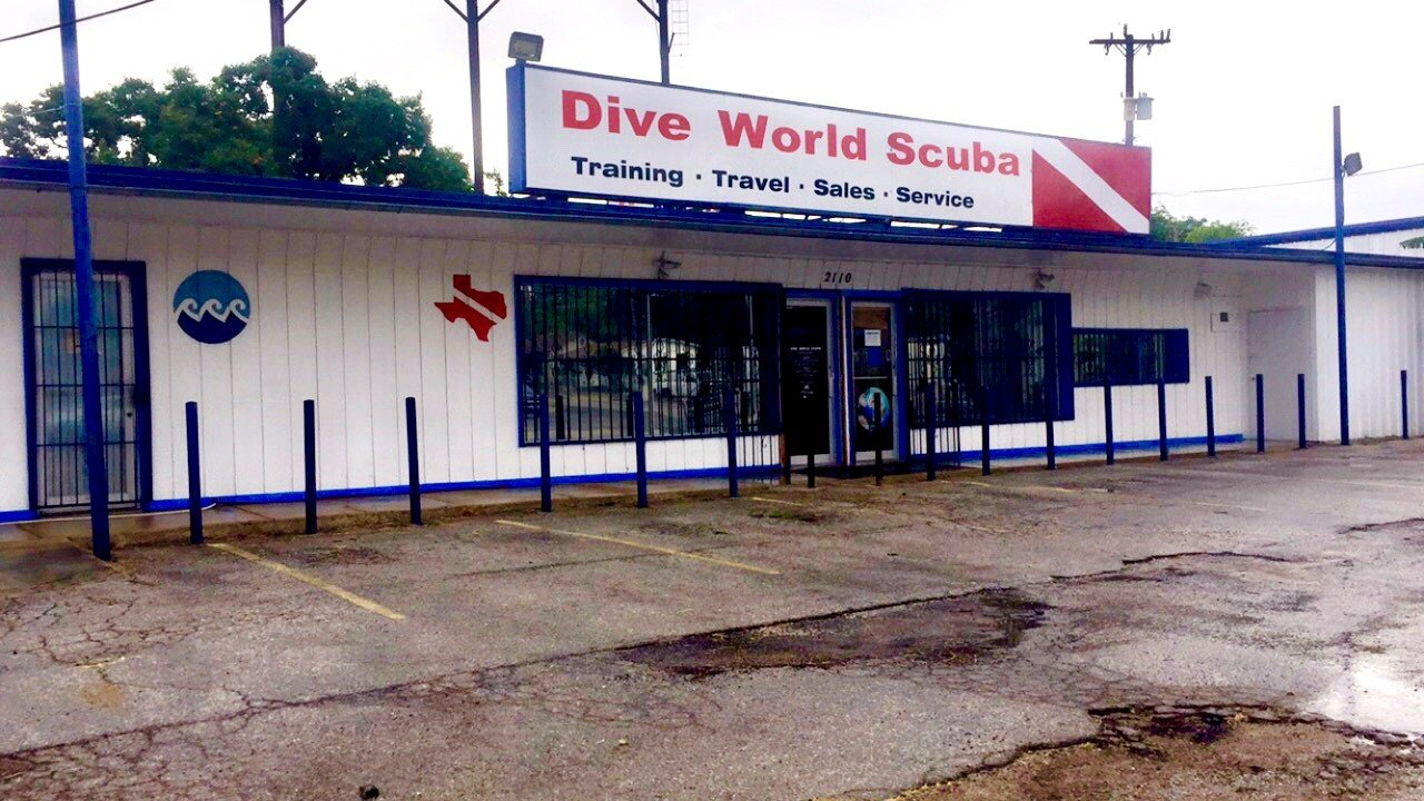 Dive World Scuba West Avenue Storefront